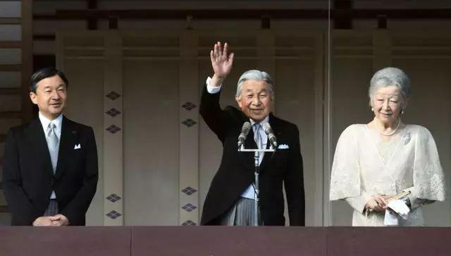 挥别平成,令和时代的日本会不会加速右倾?