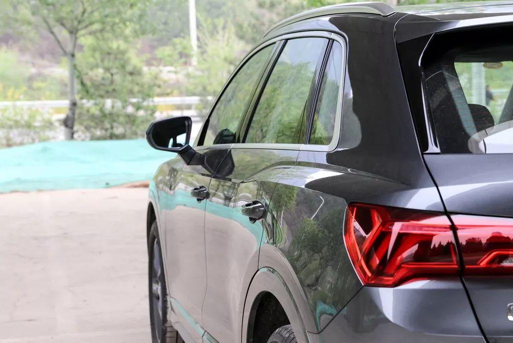 标配电动尾门、全液晶仪表,奥迪全新SUV原来可以这样做!