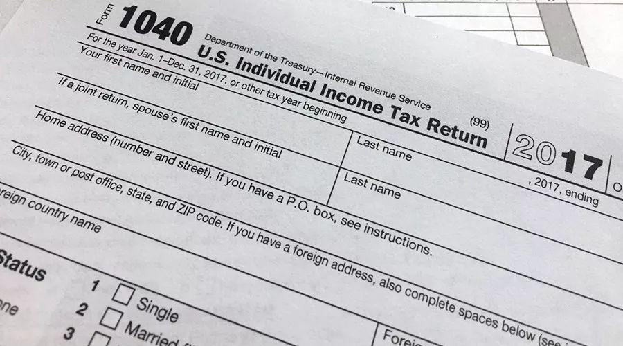 特朗普的收入成了人类未解之谜,美国总统必须要公布纳税单吗?