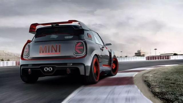 原来MINI也有这样可以浪的性能车!