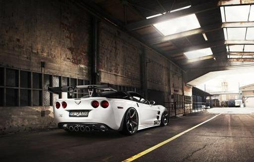 雪佛兰科尔维特(Corvette)更换新LOGO