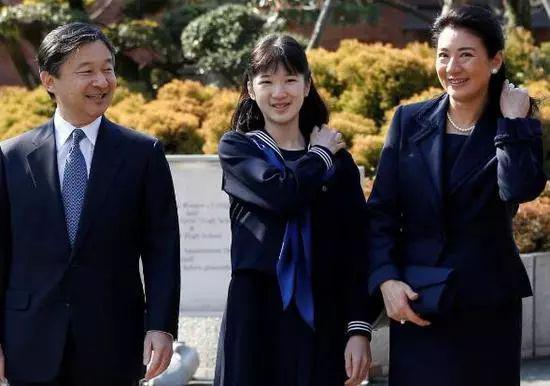 日本为什么不能接受一个女天皇?