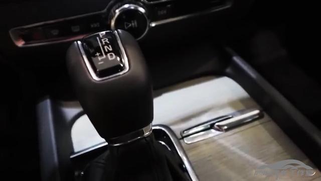 """瓦罐迷们没白等 """"最美旅行车""""全新沃尔沃V60到店实拍"""