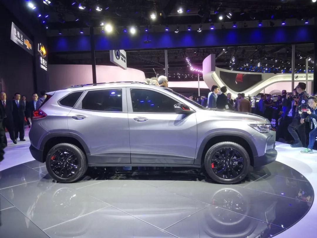 更年轻时尚,这台全新美系SUV即将上市,内饰刚刚曝光!