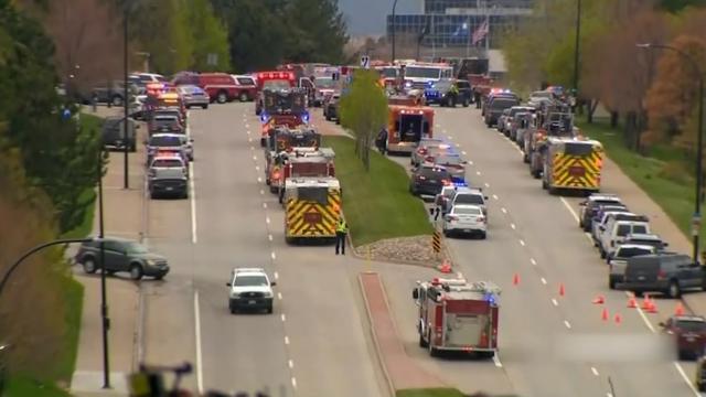 美国科罗拉多州校园枪击案:1死8伤
