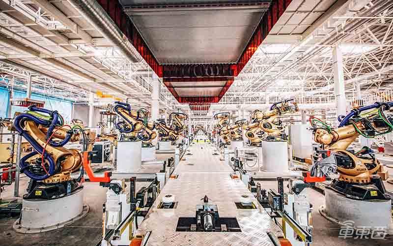 首探拜腾南京工厂,一汽新投资将敲定,首款车年底量产