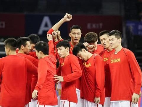 中国男篮20人集训名单公布,易建联郭艾伦领衔,李根于德豪落选