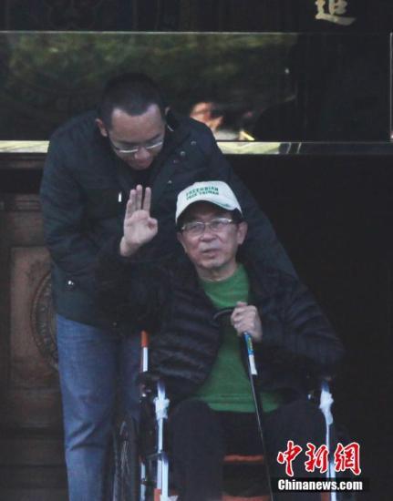 資料圖:2015年1月5日,臺灣當局前領導人陳水扁獲准保外就醫。 中新社發 路梅 攝