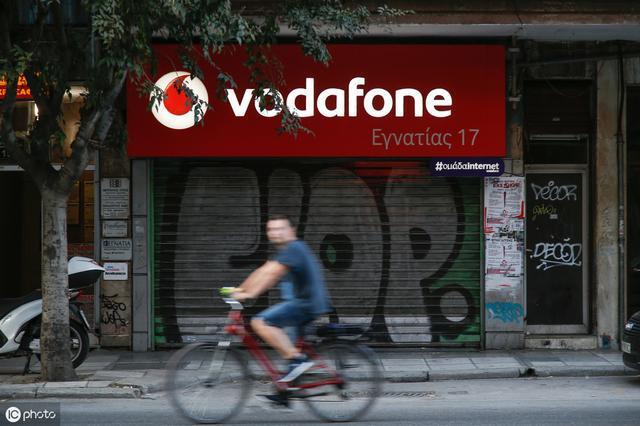 英国电信巨头沃达丰将在7城提供5G服务 硬件来自华为