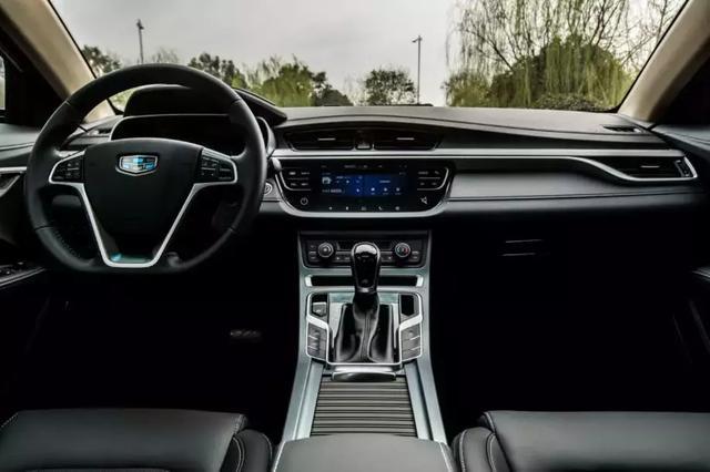 轿车市场竞争惨烈 帝豪凭何屹立十年成为比肩桑塔纳捷达的神车?
