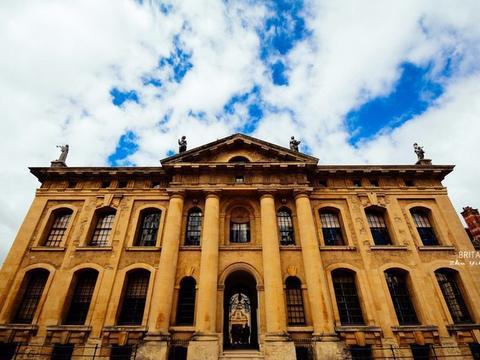 世界最古老的牛津大学,一座学校就是一个城市