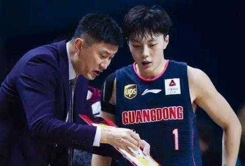 为何胡明轩上个赛季的表现这么好,却没能入选国奥队?一原因所致