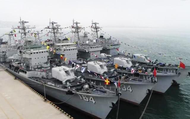 四艘旅大级驱逐舰同日退役 051即将完成使命交接