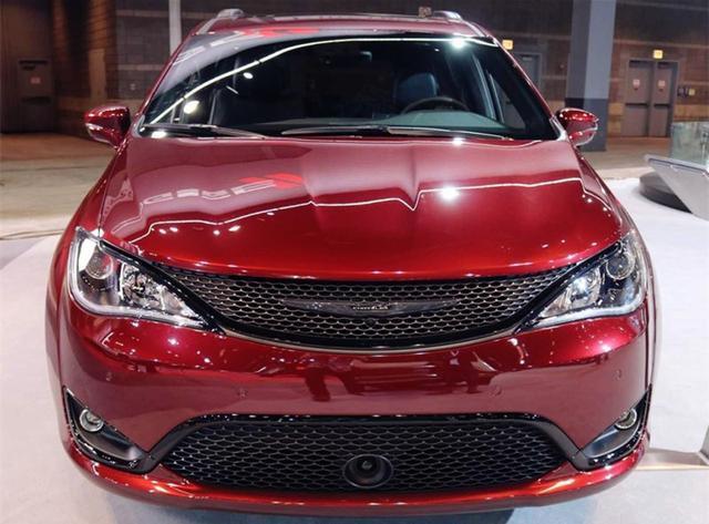 """最帅美系""""MPV""""亮相,红色车身,比GL8好看,配V6发动机+9AT"""