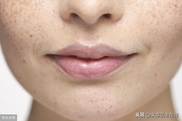 进入40岁,女人容易长黄褐斑?隔绝4个因素,脸上依然白净