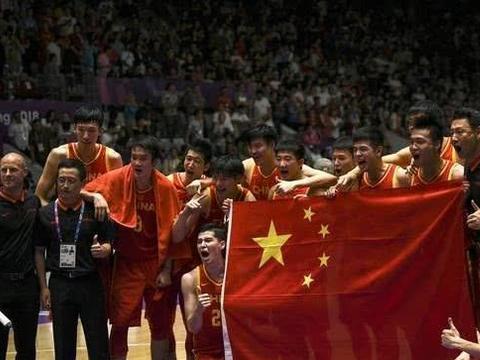 中国篮球人地位排行:易建联落榜,王治郅却输给一个女人