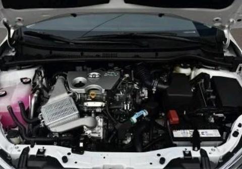 丰田卡罗拉低配自动挡上路要多少钱?