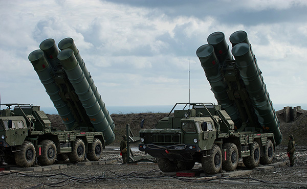 俄罗斯最先进的S-400防空导弹系统。视觉中国 资料