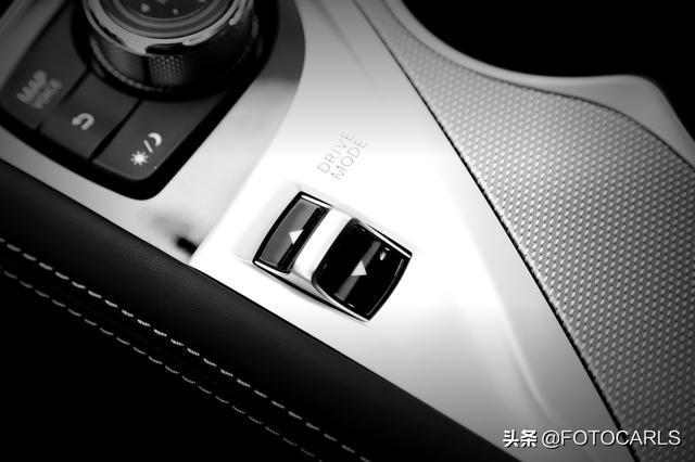 实拍英菲尼迪Q50L 2.0T,内外兼修还大降价,为啥还被BBA狂打脸