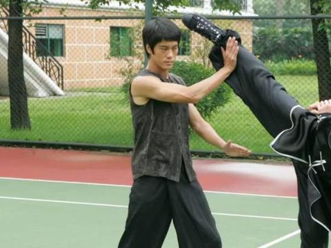 陈国坤无戏可拍:任何模仿李小龙的,最终只有一个结果就是不红