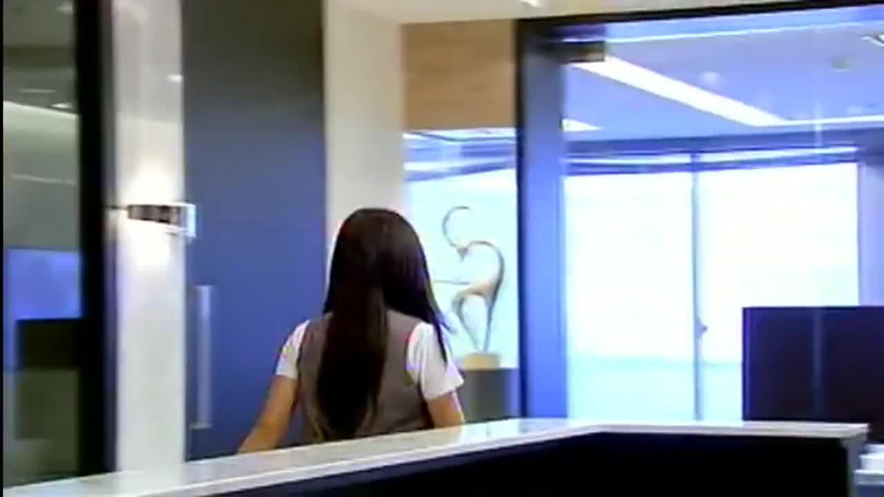 罗志祥看见杨丞琳紧张的样子真是很逗趣,表情太丰富