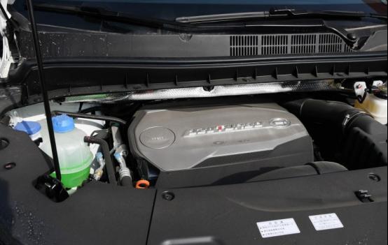 最豪华的国产MPV,超大车身尺寸,颜值出众、配置高档