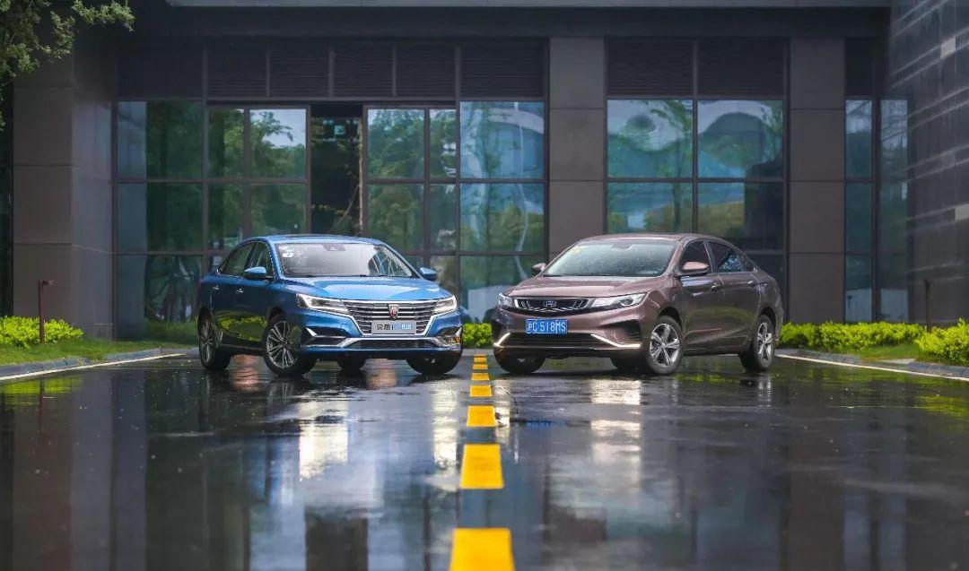 荣威i6 PLUS对比吉利帝豪GL:哪款车坐起来更舒服?