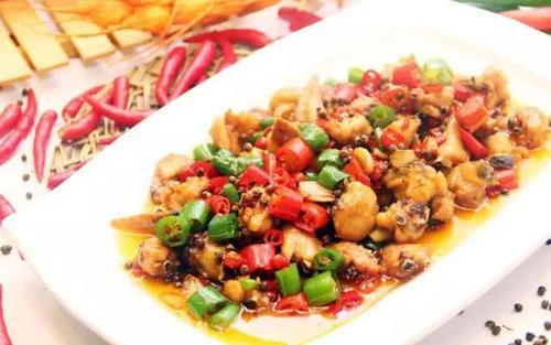 好吃不油腻的美食,一般都在饭馆才有,学习在家下厨了!