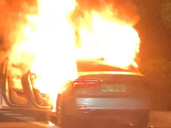 上汽荣威ei6问题频发 起火、方向抱死 车企品控能力不足?