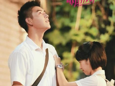 陈飞宇现身《最好的我们》路演 和大学生面对面