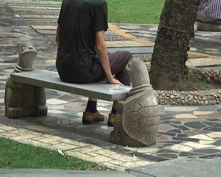 江门一56岁男子走路腿疼差点要截肢 医生:下肢疼痛勿大意