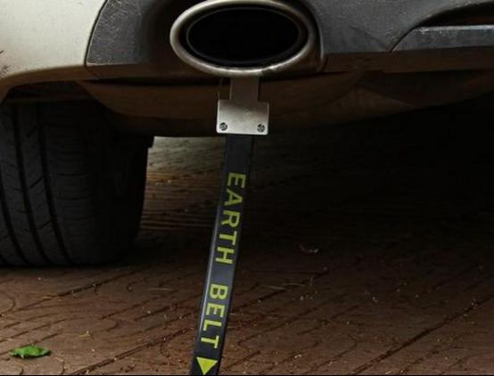 汽车排气管上面装一块磁铁,到底有什么作用?知道的人并不多