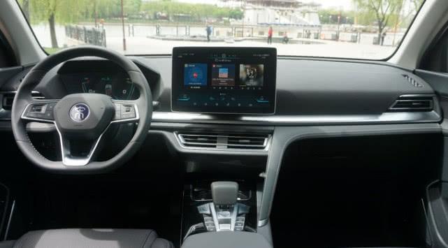 比亚迪宋pro抢先试驾体验,行驶质感不输30万内合资SUV
