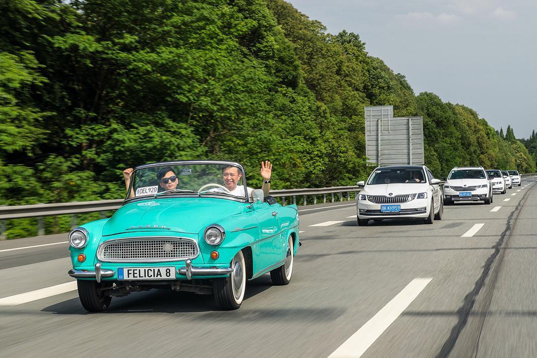 这是1960年的车!相差60年的德系车开起来有什么不同?