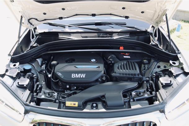 凭什么比燃油版贵10万?阿康抢先试驾全新插电混动宝马X1