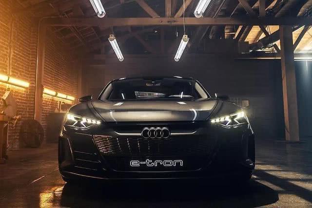 铁人没了,取代R8成为他全新座驾的奥迪新车,值不值得爱?