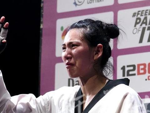 郑姝音获得世锦赛最佳裁判支持!英国选手夺冠后又说出争议内容