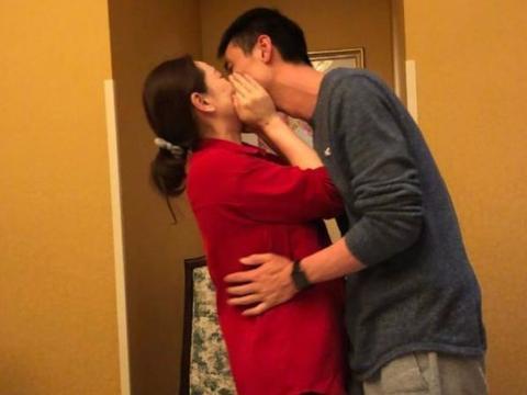 低调结婚!37岁国手方颖超娶小近十岁女排米杨,二人却是二婚