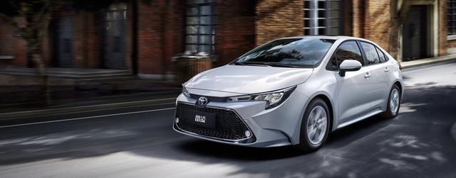 全新丰田雷凌,良心配置和售价,10万买合资双擎,就是4S店没车