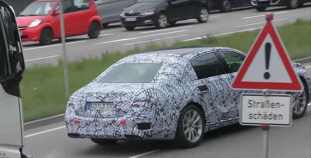全新一代奔驰S级谍照曝光 全系配备48V轻混/2020年亮相
