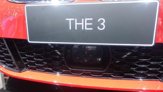 新一代宝马3系实拍:能否找回运动之王的的味道?