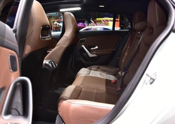最成功廉价撩妹王,211马力全系无框车门,21万还看啥A4L