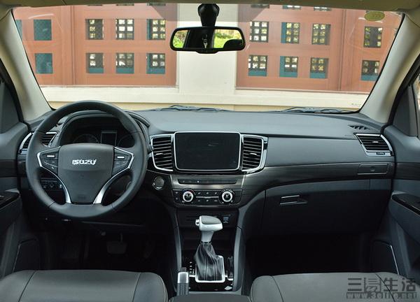 江西五十铃改款D-MAX新车上市 售10.18万元起