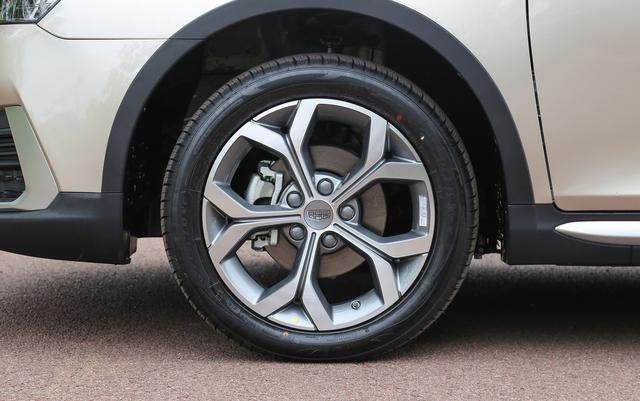 不一定买宝骏510,这SUV吉利出品,轴距近2.7米,不到6万起售