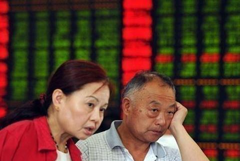 面对持续不断下跌的股市,同样是抄底为什么盈亏差距较大?