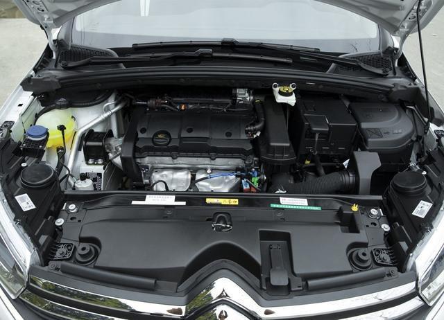 果断放弃丰田卡罗拉!这台合资轿车从8.4万降到7万,颜值还更高