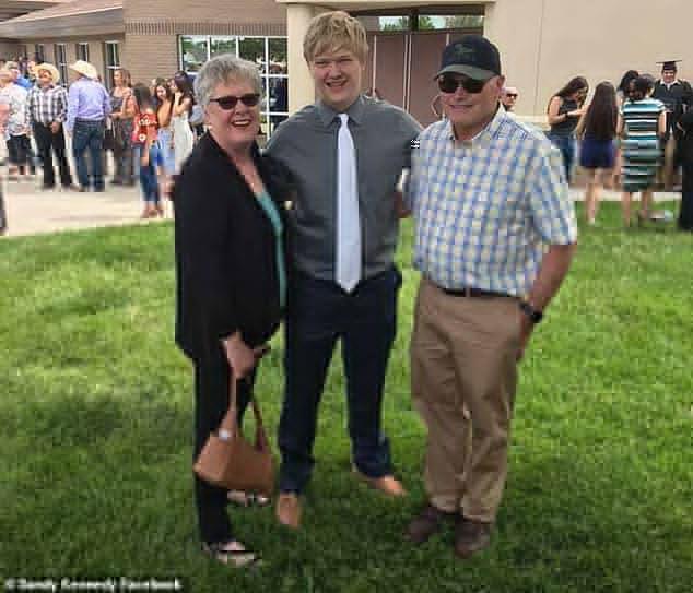 美国17岁天少年高中毕业11天就取得哈佛本中他日高图片