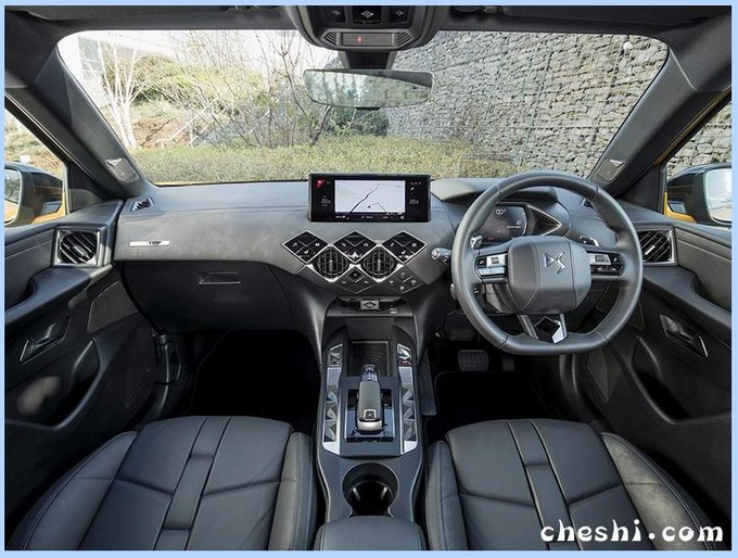 """标致""""兄弟""""品牌推紧凑SUV,帅过奥迪Q2,内饰配大屏,还有纯电动"""