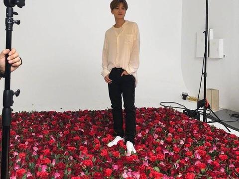 圈内小料:鹿晗、王俊凯、雷佳音、ONER、李荣浩、某女星