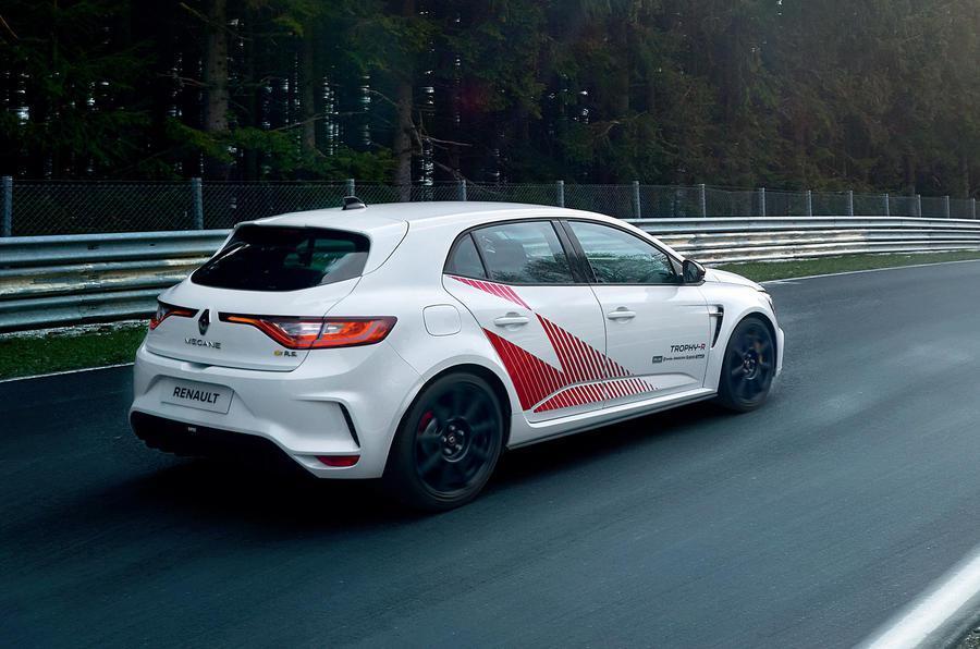 梅甘娜RS Trophy-R亮相纽伯格林,刷新前驱车单圈记录